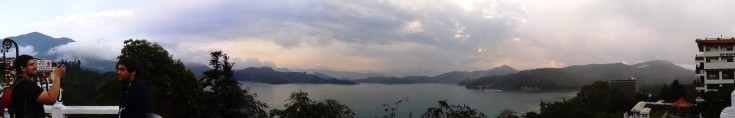 Panorama Sun Moon Lake, Kuil Wenwu