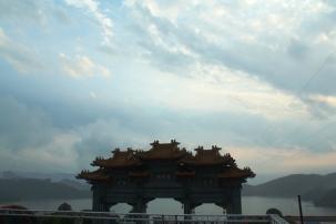 Gerbang Kuil Wenwu